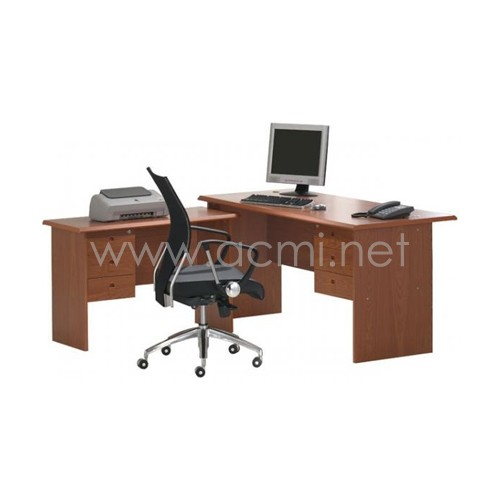 07-office-table